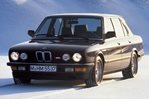 Car specs and fuel consumption for BMW 5- series E28