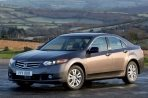 Car specs and fuel consumption for Honda Accord 8- series