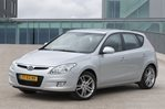 Car specs and fuel consumption for Hyundai i30 1- series, Hatchback