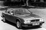 Car specs and fuel consumption for Jaguar XJ12 XJ12