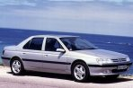 Car specs and fuel consumption for Peugeot 605 605