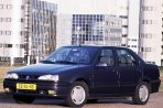 Car specs and fuel consumption for Renault 19 Sedan