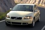 Car specs and fuel consumption for Volvo S40 2- series