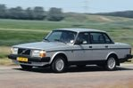Car specs and fuel consumption for Volvo 240 240