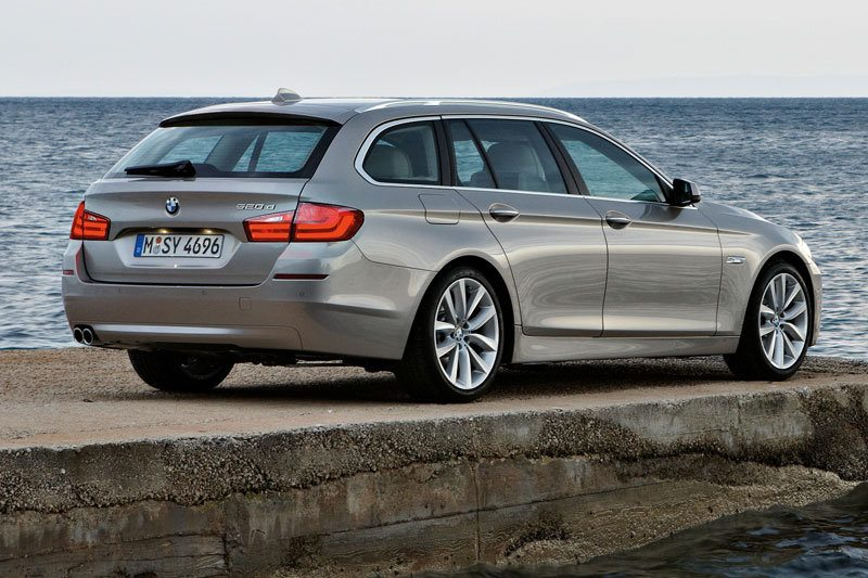 Bmw 5 Series F11 Touring 530d Touring 2011 258 Ps Technische