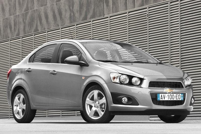 Chevrolet Aveo T300 Aveo 14 Lt 2013 2014 100 Hp Car Specs Fuel