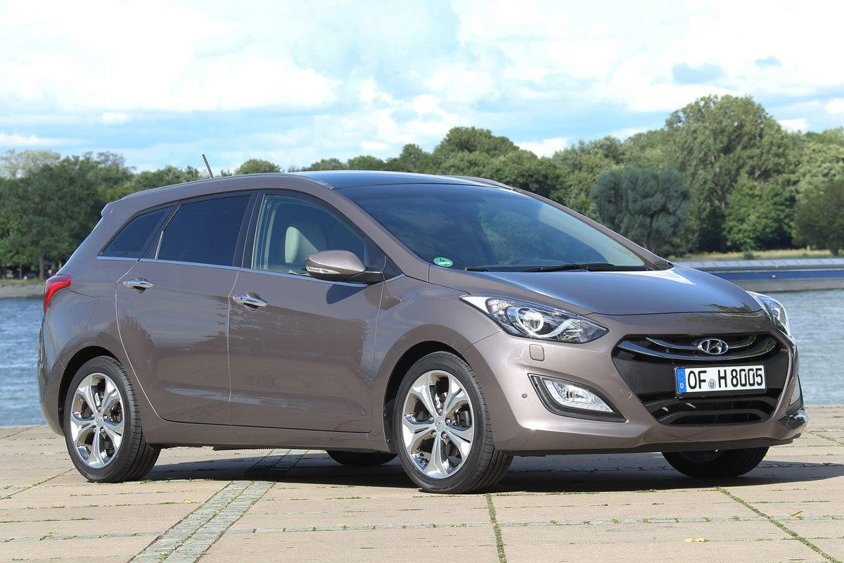 All cars data Hyundai i30 2- series, StationWagon