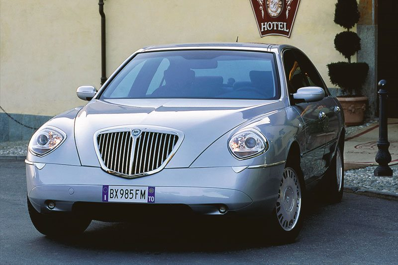 lancia thesis 2.4 jtd fuel consumption