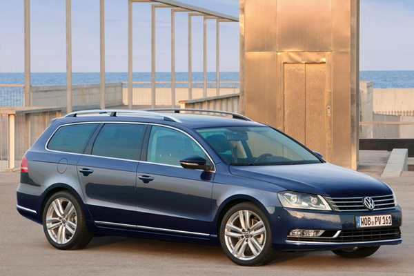 volkswagen passat b7 variant passat variant 2 0 tdi 177hp bmt highline 2013 2014 177 hp car. Black Bedroom Furniture Sets. Home Design Ideas