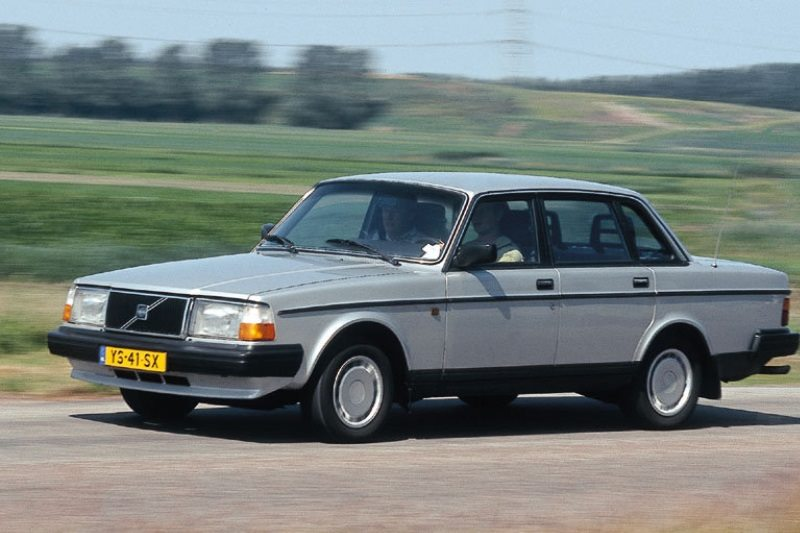 All cars data Volvo 240 240