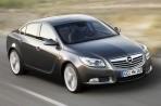 Car specs and fuel consumption for Opel Insignia