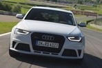 Car specs and fuel consumption for Audi RS4