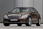 Car specs and fuel consumption for Mercedes S- class
