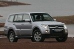 Car specs and fuel consumption for Mitsubishi Pajero