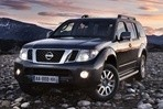 Car specs and fuel consumption for Nissan Pathfinder