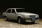 Car specs and fuel consumption for Volvo 760