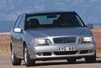 Car specs and fuel consumption for Volvo S70