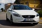 Car specs and fuel consumption for Volvo V40