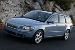Car specs and fuel consumption for Volvo V50