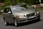 Car specs and fuel consumption for Volvo V70